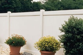 Lockport Vinyl Fencing